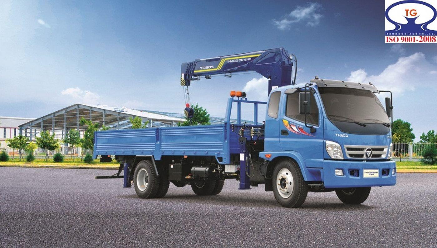 Xe tải cẩu Thaco 7.5 tấn